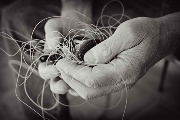 knots-in-hand